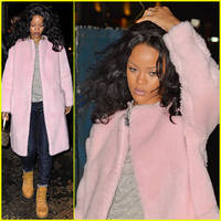 Rihanna Beats the Chill in New York City with a Furry Pink Coat!